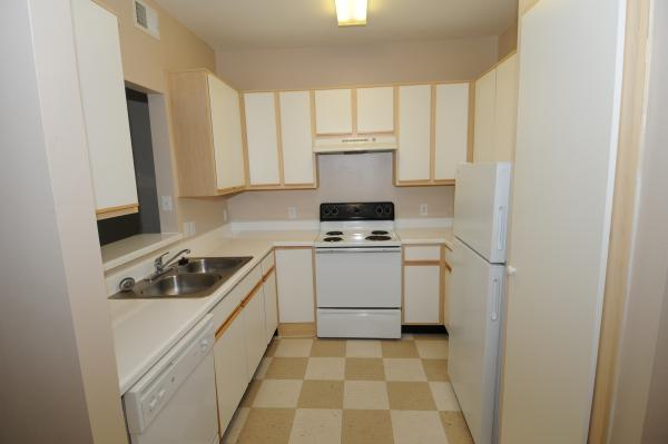 sup apartments living subsidized sq senior southwest bath kitchen south place houston ft in bedroom english br union our